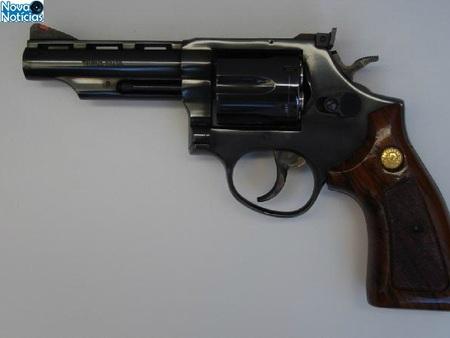 Left or right revolver 38