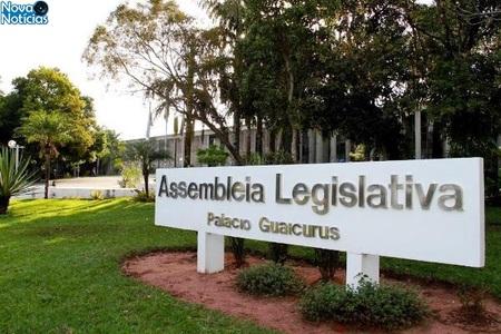 Left or right assembleia legislativa 314