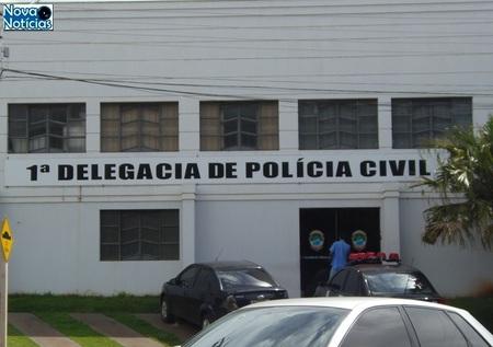 Left or right delegacia na