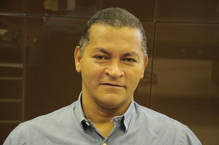 Left or right wilson aquino jornalista e professor 2