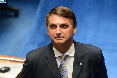 Left or right bolsonaro4