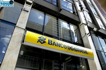 Left or right banco do brasil