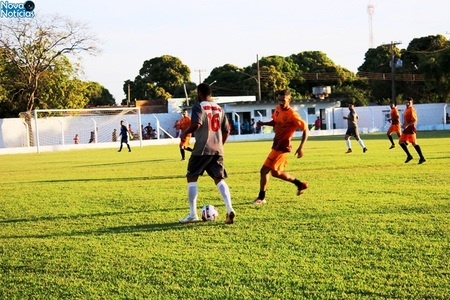 Left or right campeonato municipal de futebol de bataypor inicia neste s bado