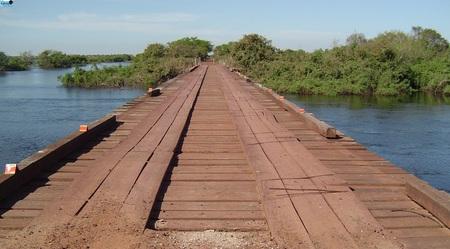 Left or right estrada parque ponte rio negro capa