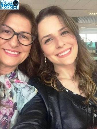 Left or right mae e filha 163 facebook1