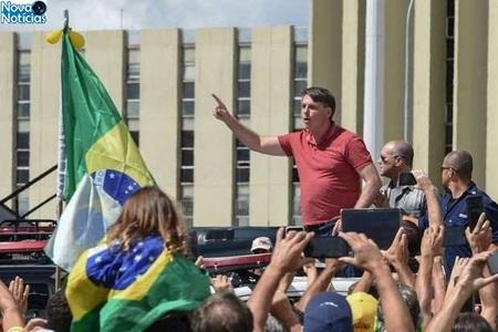 Left or right bolsonaro reuters evaristo sa