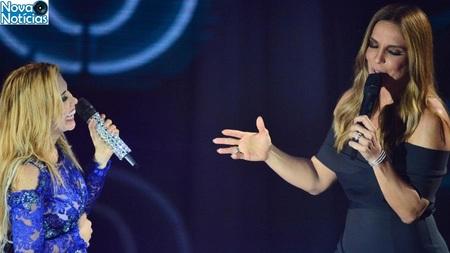 Left or right cantando a faixa amor novo ivete sangalo fez uma participacao no primeiro dvd da carreira solo de joelma 1484317584972 v2 900x506