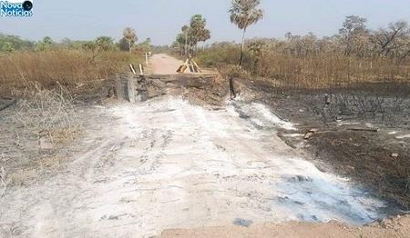 Left or right pantanal ponte destruida 1 730x425