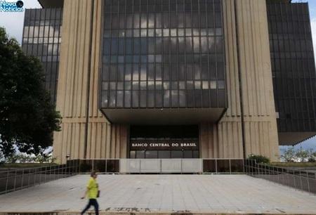 Left or right banco central economia 0413202012