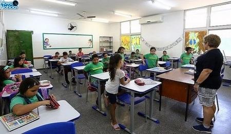 Left or right in cio das aulas na rede estadual de ensino foto edemir rodrigues 5 768x425 730x425