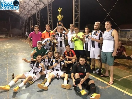 Left or right galo futsal campe osss