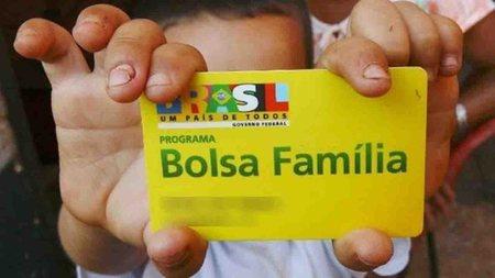 Left or right bolsa familia ms widelg