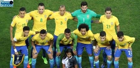 Left or right brasil se prepara para o duelo contra o paraguai 1490749228250 615x300