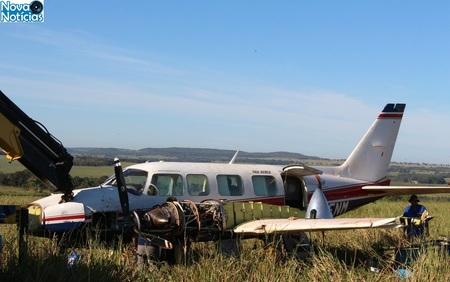 Left or right aviao retira 2