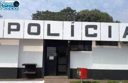 Left or right sinpol delegacia coronel sapucaia tiros alvo alvejada