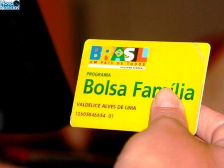 Left or right bolsa familia