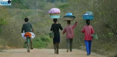 Left or right 2fev2013 ha dez anos o governo federal lancava em guaribas no sul do piaui o programa fome zero com o objetivo de erradicar a miseria 1359830436452 615x300