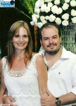Left or right o casal claudia zerati e cristian santana lanfredi 1503248434723 300x420