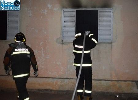 Left or right casa incendiada coxim alisson silva1